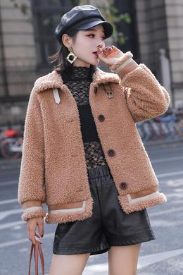 Z19QW985翻领羊羔毛外套女一排扣皮毛一体短款韩版机车大衣