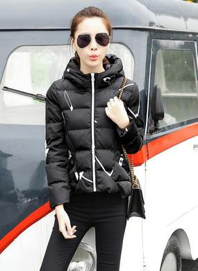 Z16DM8628短款冬季韩版棉服女