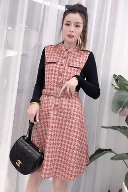 2019秋装新款修身显瘦长袖拼接鹿皮绒收腰中长款格子连衣裙