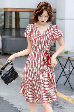 Z20XL086夏新款V领波点侧抽绳修身显瘦气质短袖连衣裙女鱼尾裙