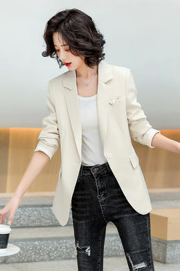Z21CX8025时尚小西装外套短款修身西服