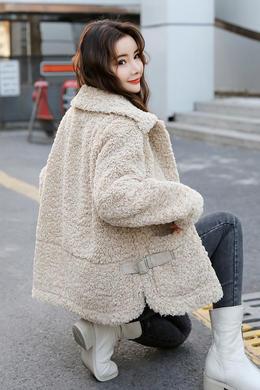 Z19QW995冬季新款韩版宽松羊羔毛外套短款翻领休闲女装