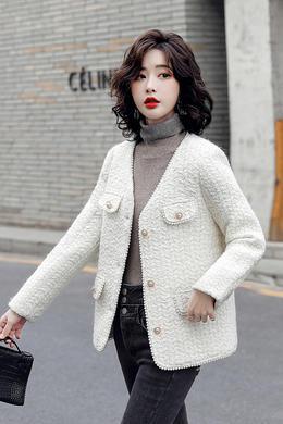 Z20DY932冬V领钉珠小香风羽绒服洋气粗花呢白鸭绒短外套